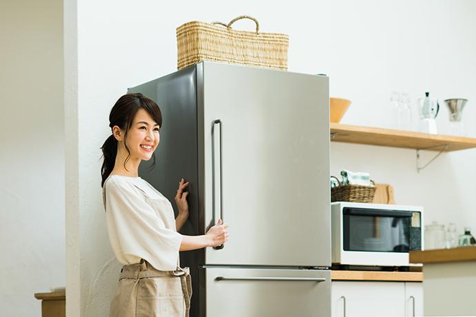 を 物 冷蔵庫 置く 上